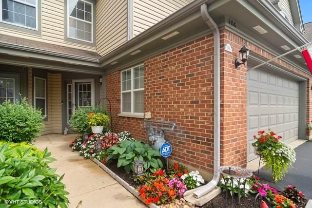 306 Manor Drive, Buffalo Grove, IL 60089 (MLS #11187246) :: Littlefield Group