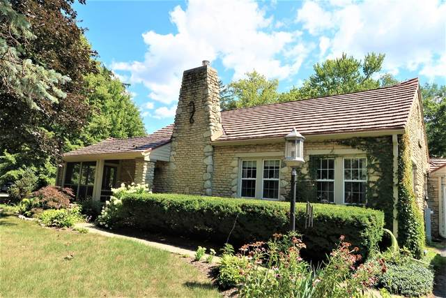 555 Ringling Road, Crystal Lake, IL 60014 (MLS #11189856) :: The Wexler Group at Keller Williams Preferred Realty
