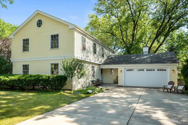 416 E 12th Avenue, Naperville, IL 60563 (MLS #11193430) :: Jacqui Miller Homes
