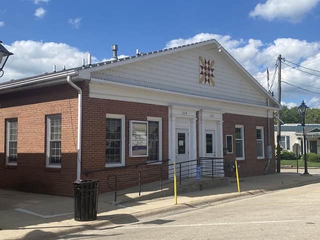 220 W Main Street, Rockton, IL 61072 (MLS #11194288) :: Suburban Life Realty