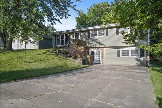 14529 Lunar Drive, Bloomington, IL 61705 (MLS #11194361) :: Littlefield Group