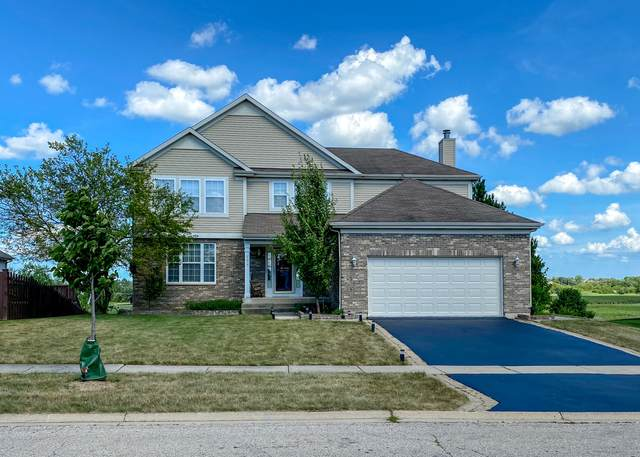755 N Overlook Circle, Round Lake, IL 60073 (MLS #11198517) :: The Wexler Group at Keller Williams Preferred Realty