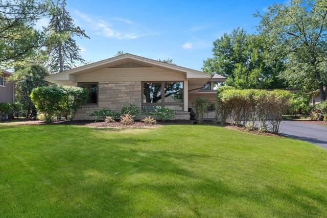 815 Edgewater Drive, Naperville, IL 60540 (MLS #11198535) :: John Lyons Real Estate