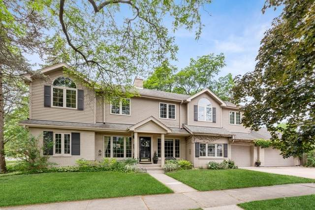 7100 N Sioux Avenue, Chicago, IL 60646 (MLS #11199260) :: John Lyons Real Estate