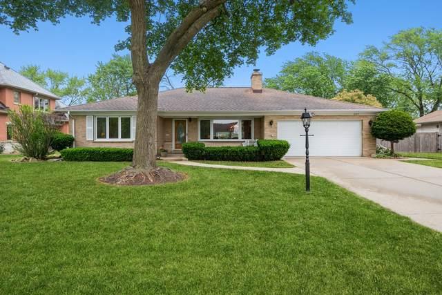 2127 N Home Avenue, Park Ridge, IL 60068 (MLS #11202203) :: John Lyons Real Estate
