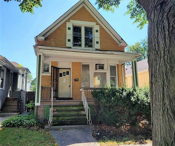1130 S Harvey Avenue, Oak Park, IL 60304 (MLS #11206344) :: Angela Walker Homes Real Estate Group