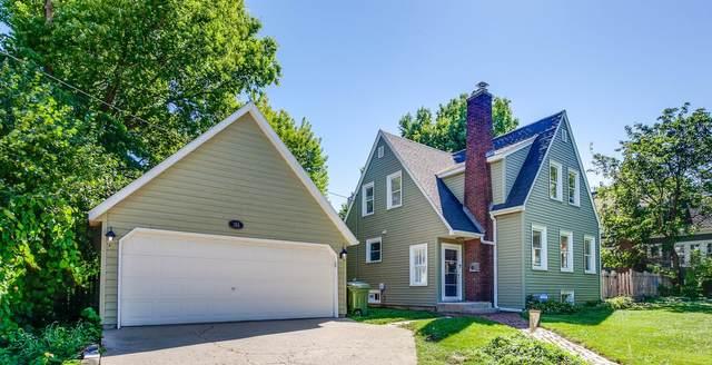 103 Walton Street, Barrington, IL 60010 (MLS #11206594) :: Littlefield Group