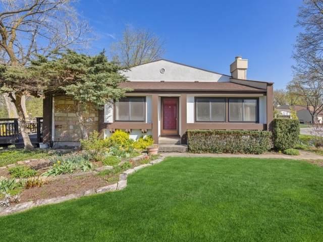 20 Stonehearth Square, Indian Head Park, IL 60525 (MLS #11207370) :: John Lyons Real Estate