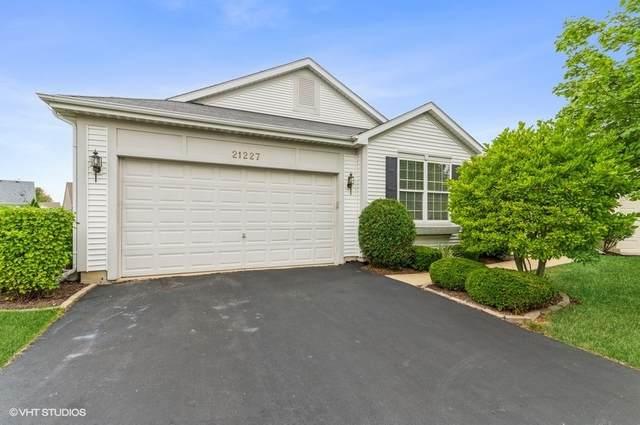 21227 Brush Lake Court, Crest Hill, IL 60403 (MLS #11207937) :: John Lyons Real Estate