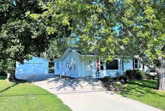 629 Burlington Avenue, Twin Lakes, WI 53181 (MLS #11208162) :: The Wexler Group at Keller Williams Preferred Realty