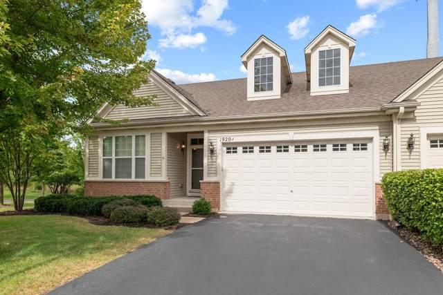 1920 Glenwood Circle A, Sugar Grove, IL 60554 (MLS #11208928) :: John Lyons Real Estate
