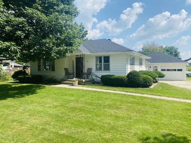 306 W Harrison Street, Cissna Park, IL 60924 (MLS #11208978) :: The Wexler Group at Keller Williams Preferred Realty
