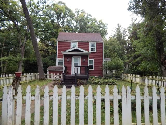 1S310 Winfield Road, Wheaton, IL 60189 (MLS #11209783) :: Lewke Partners - Keller Williams Success Realty