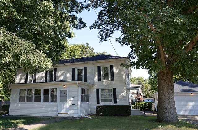 816 Douglas Street, Ottawa, IL 61350 (MLS #11210949) :: Carolyn and Hillary Homes