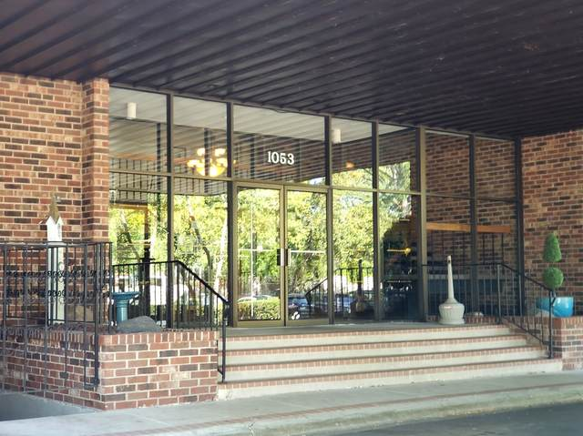 1053 W Ogden Avenue #146, Naperville, IL 60563 (MLS #11211218) :: The Wexler Group at Keller Williams Preferred Realty
