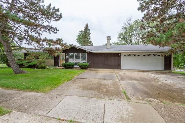 1004 Vine Street, Streamwood, IL 60107 (MLS #11212507) :: John Lyons Real Estate