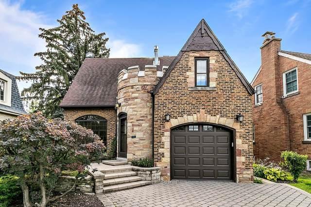 595 Selborne Road, Riverside, IL 60546 (MLS #11213199) :: John Lyons Real Estate