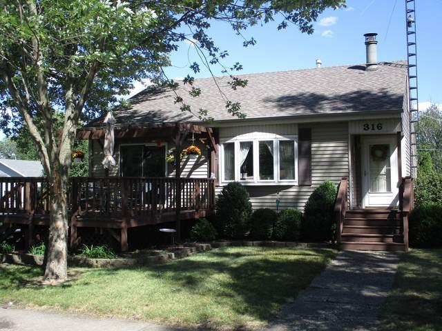 316 S East Avenue, St. Anne, IL 60964 (MLS #11213589) :: Littlefield Group