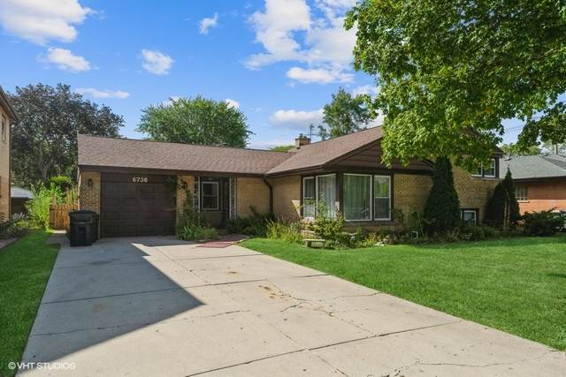 6736 N Karlov Avenue, Lincolnwood, IL 60712 (MLS #11214093) :: Ryan Dallas Real Estate