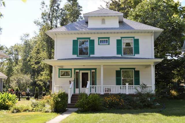 807 N School Street, Normal, IL 61761 (MLS #11214275) :: Jacqui Miller Homes