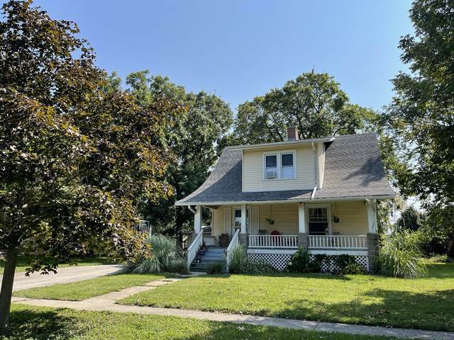206 E Illinois Street, Mansfield, IL 61854 (MLS #11215964) :: Lewke Partners - Keller Williams Success Realty