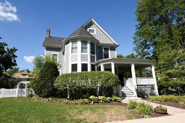300 S Madison Avenue, La Grange, IL 60525 (MLS #11216584) :: Angela Walker Homes Real Estate Group