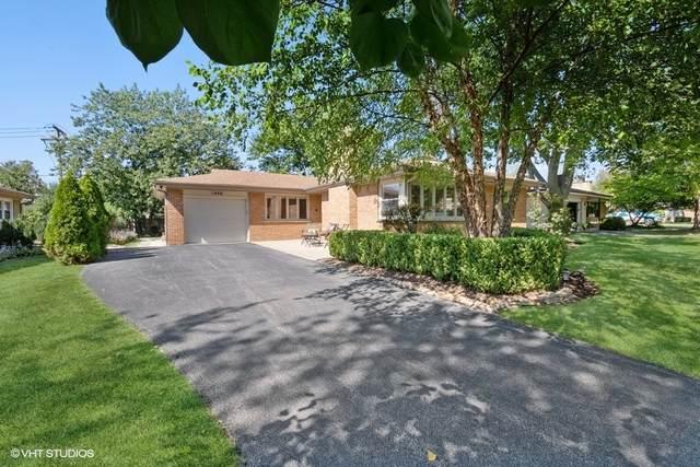 1446 Huntington Drive, Glenview, IL 60025 (MLS #11216817) :: Ryan Dallas Real Estate