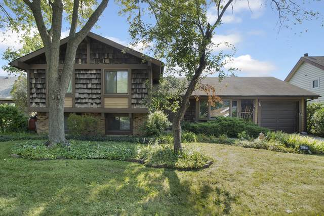 5820 Easton Court, Hanover Park, IL 60133 (MLS #11217242) :: John Lyons Real Estate