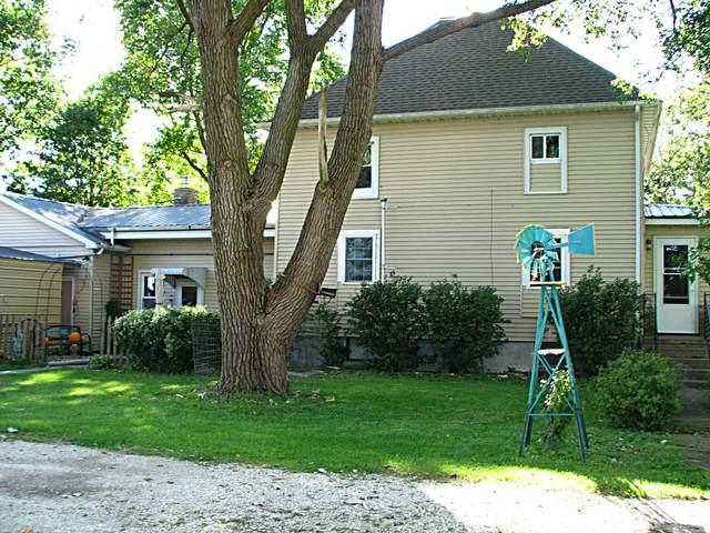 795 E Cr 1050, Tuscola, IL 61953 (MLS #11218167) :: Ryan Dallas Real Estate