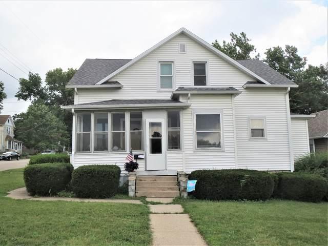 704 S Dixon Avenue, Dixon, IL 61021 (MLS #11219428) :: Littlefield Group