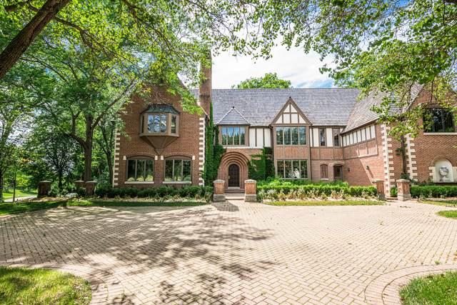 12 Hidden Brook Drive, North Barrington, IL 60010 (MLS #11220032) :: John Lyons Real Estate