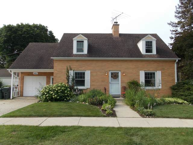 621 N Prairie Avenue, Mundelein, IL 60060 (MLS #11220642) :: Charles Rutenberg Realty