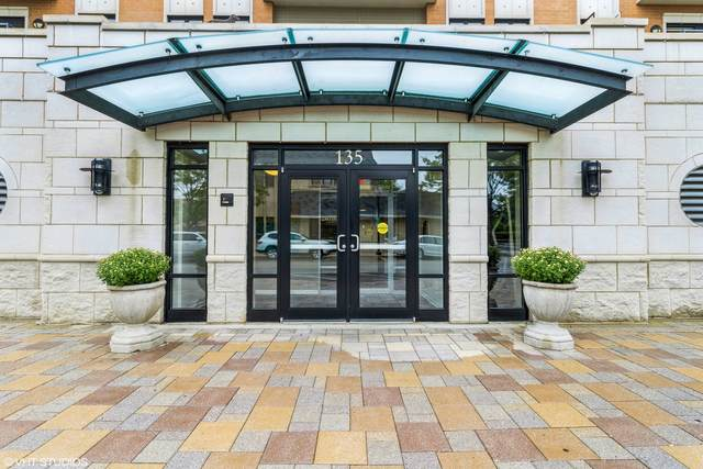 135 S York Street #404, Elmhurst, IL 60126 (MLS #11221361) :: Angela Walker Homes Real Estate Group