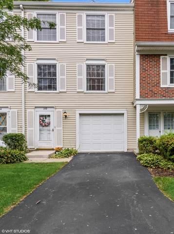 152 Bright Oaks Circle, Cary, IL 60013 (MLS #11221863) :: Lewke Partners - Keller Williams Success Realty
