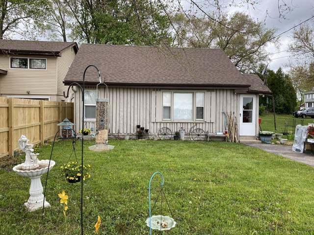 23525 W Briar Terrace, Antioch, IL 60002 (MLS #11222450) :: Lewke Partners - Keller Williams Success Realty