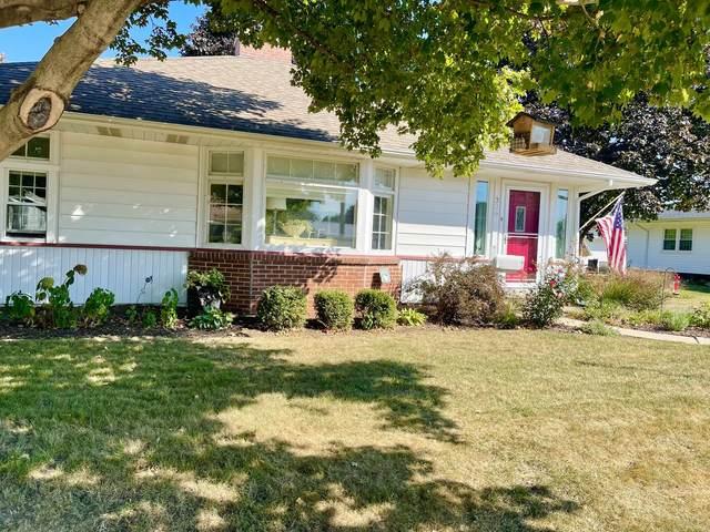306 W 1st Street, Oglesby, IL 61348 (MLS #11222480) :: Helen Oliveri Real Estate