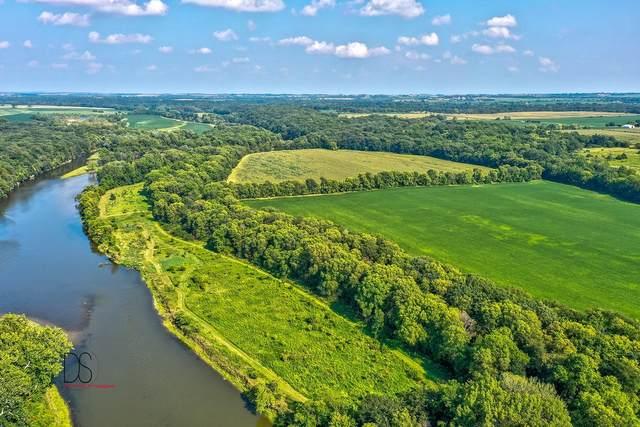 2200 N 3559th Road, Ottawa, IL 61350 (MLS #11222486) :: Helen Oliveri Real Estate