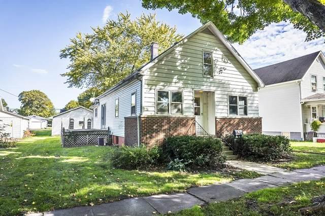 319 E Patton Street, Paxton, IL 60957 (MLS #11222673) :: John Lyons Real Estate