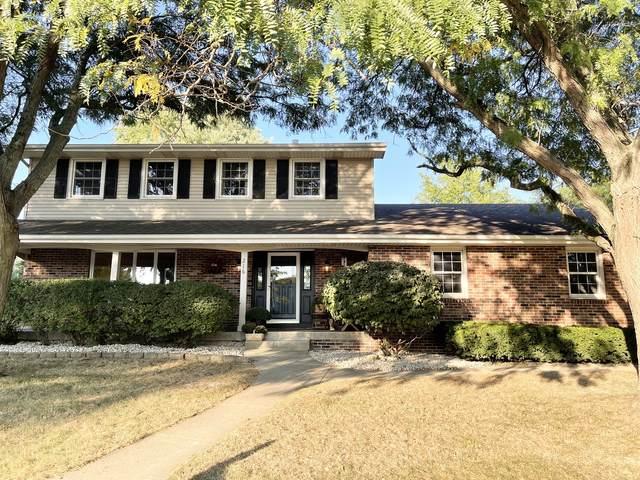 216 Fox Trail Drive, Bourbonnais, IL 60914 (MLS #11222749) :: Littlefield Group
