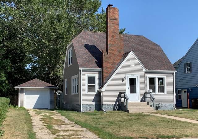 204 Sunset Lane, Mount Morris, IL 61054 (MLS #11222809) :: Helen Oliveri Real Estate