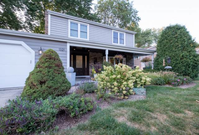 1321 Stonegate Road, Naperville, IL 60540 (MLS #11222865) :: Touchstone Group