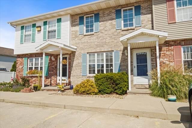 1 Andy Court #6, Bloomington, IL 61704 (MLS #11222979) :: John Lyons Real Estate