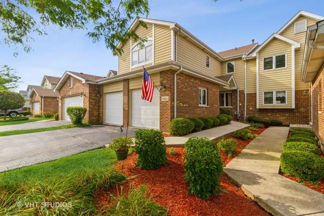 8424 Dunmore Drive, Tinley Park, IL 60487 (MLS #11222996) :: Littlefield Group