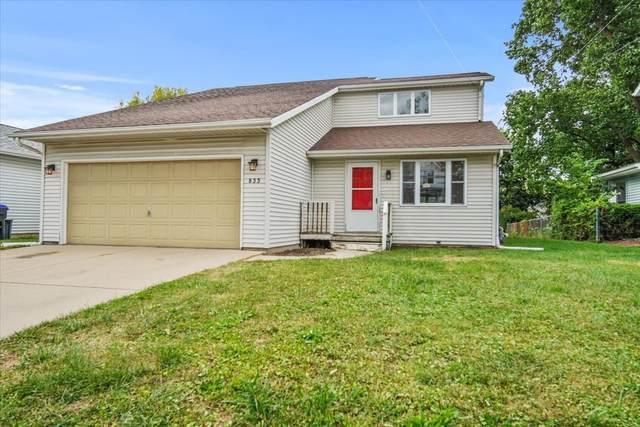 833 W Oakland Avenue, Bloomington, IL 61701 (MLS #11223199) :: Littlefield Group