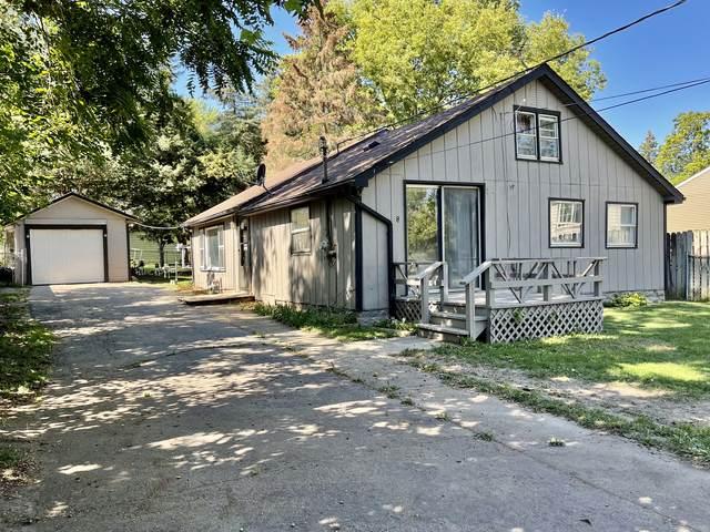 8 Linden Avenue, Fox Lake, IL 60020 (MLS #11223262) :: Ryan Dallas Real Estate