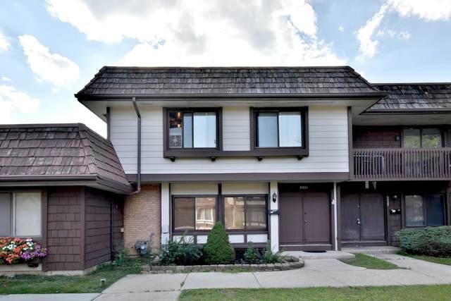 5521 Court Q, Hanover Park, IL 60133 (MLS #11223391) :: John Lyons Real Estate