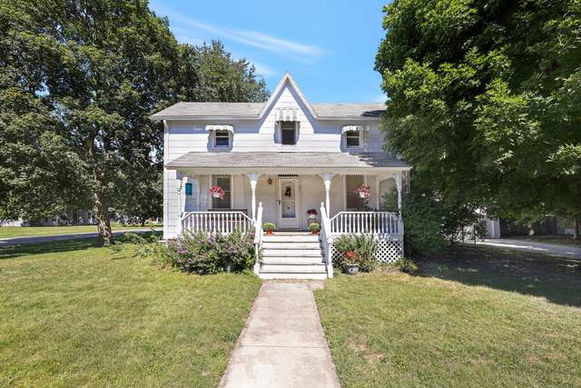 102 E Walnut Street, TOLONO, IL 61880 (MLS #11223628) :: Littlefield Group