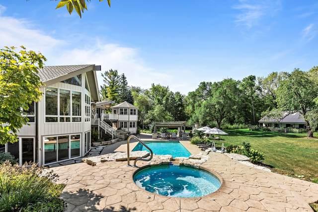 100 Dunrovin Drive, Barrington Hills, IL 60010 (MLS #11223673) :: Suburban Life Realty