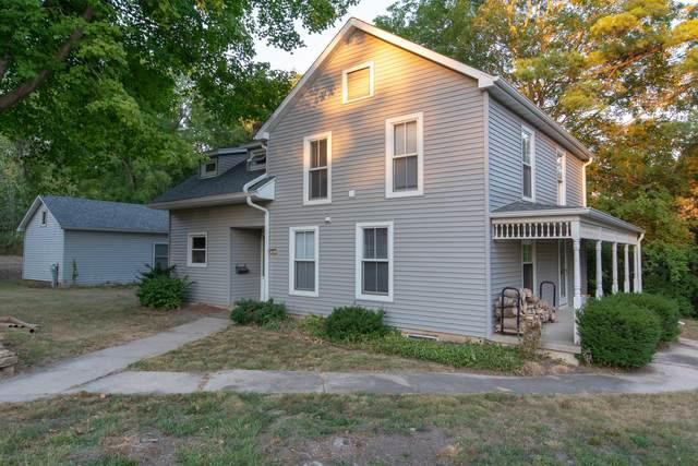 411 N Mix Street, Oregon, IL 61061 (MLS #11224265) :: Lewke Partners - Keller Williams Success Realty
