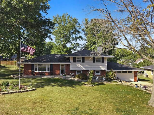 1303 Welling Street, Bloomington, IL 61701 (MLS #11224836) :: Carolyn and Hillary Homes